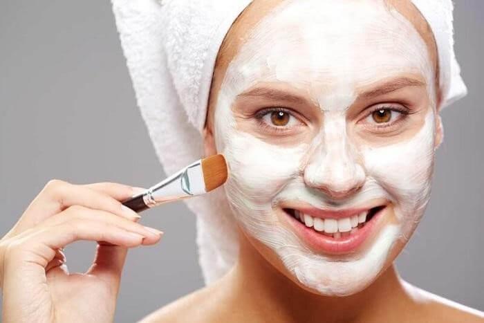 Đắp mặt nạ 2-3lần/ tuần để da luôn được căng bóng mịn màng