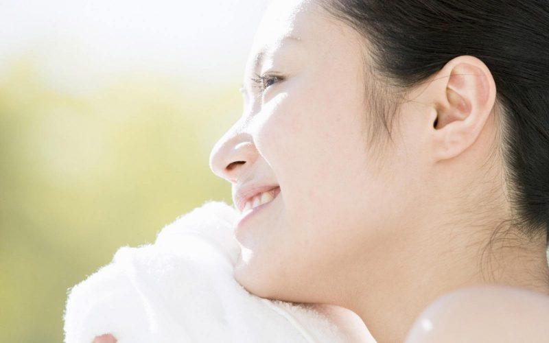 Thâm mụn có thể do các thói quen sinh hoạt không hợp lý