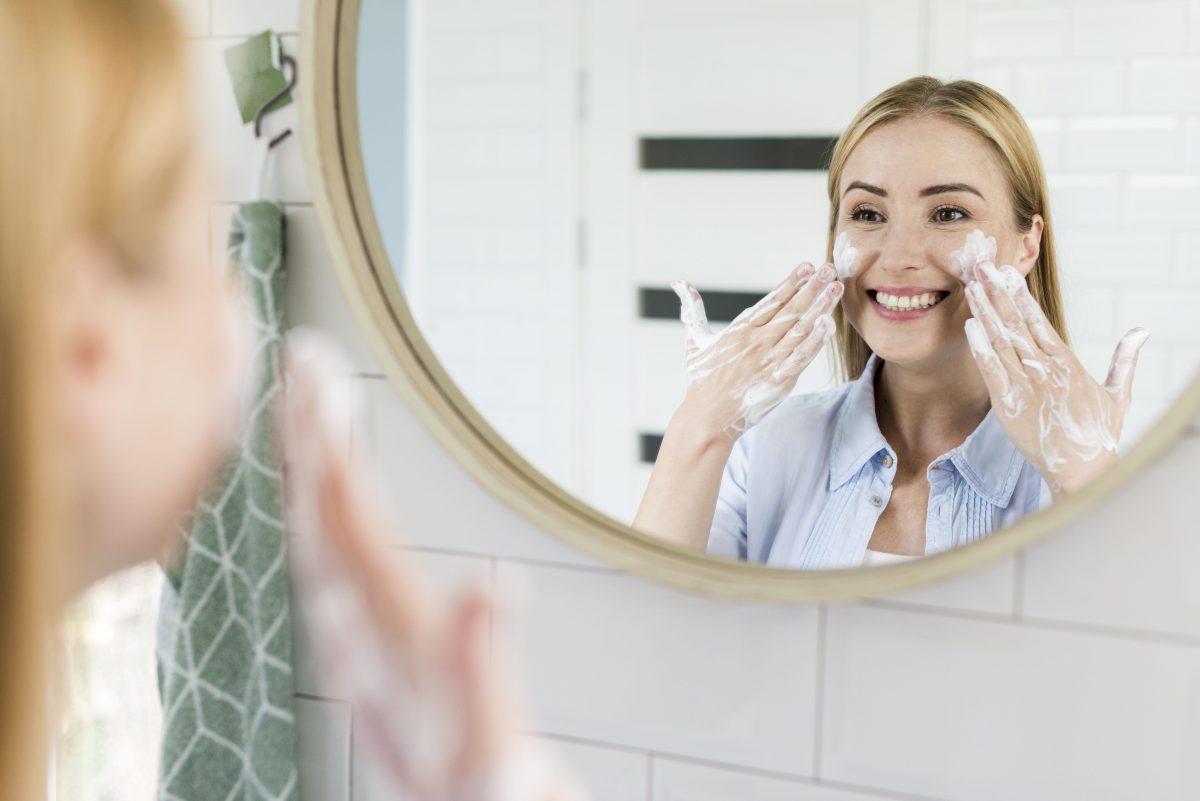 Lựa chọn sữa rửa mặt phù hợp với da