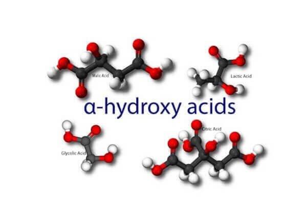 AHA hay alphahydroxy acids giúp tiêu diệt những đốm mụn đáng ghét