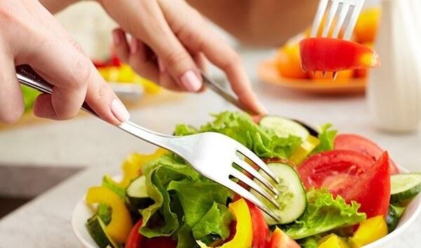 Ăn uống lành mạnh giúp da trở nên khỏe và đẹp hơn mỗi ngày