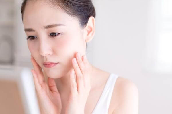 Bạn đang đau đầu với làn da siêu nhạy cảm của mình - serum dưỡng trắng cho da nhạy cảm