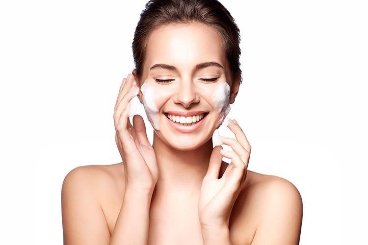 Chọn đúng sữa rửa mặt phù hợp giúp da sạch khỏe, sáng mịn
