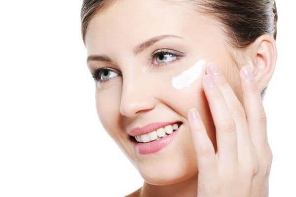 DD Cream mang đến làn da mịn màng