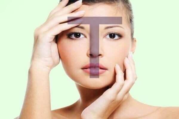 Da dầu có nhiều bã nhờn đặc biệt là ở vùng chữ T - cách trị mụn cho da dầu