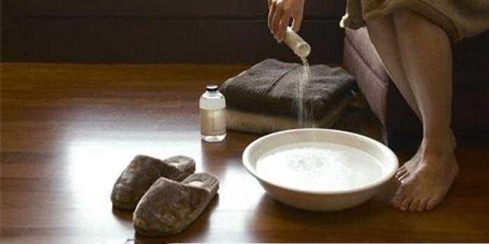 Dung dịch vệ sinh đem đến cảm giác thoải mái. - nước rửa phụ khoa