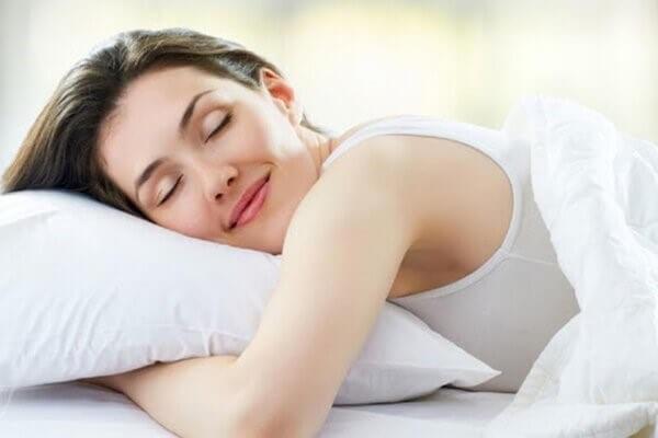 Hãy tập thói quen duy trì một giấc ngủ chất lượng bạn nhé !