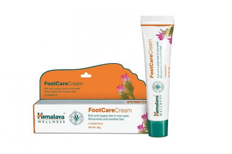 Sản phẩm chứa gừng tạo lớp màng bảo vệ cho phần da gót chân.