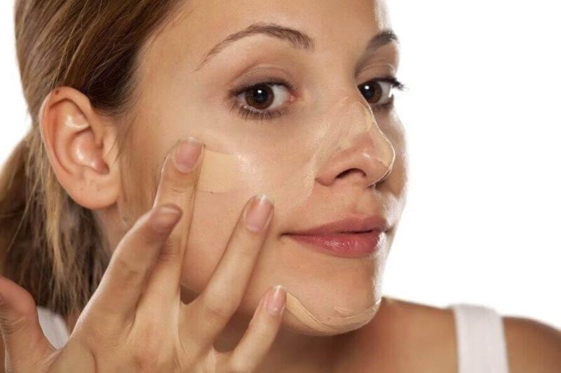 Kem nền lâu trôi – sản phẩm giúp da bạn mịn màng, bền màu cả ngày