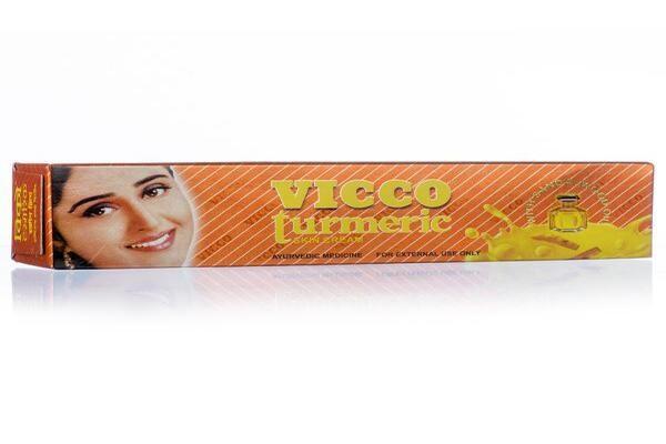 Kem trị mụn từ nghệ của Vicco