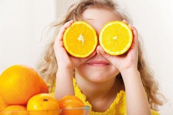Khi bạn muốn dưỡng trắng và chống lão hóa thì vitamin C là sự lựa chọn tuyệt vời