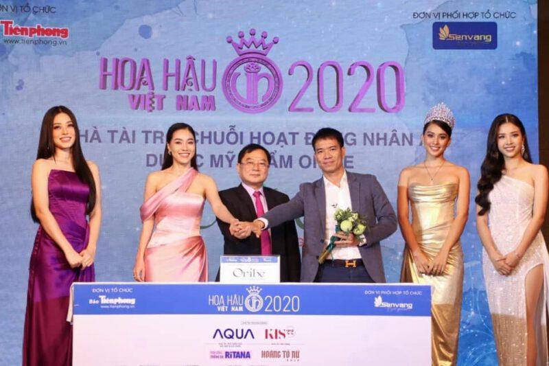 Ông Vũ Cao Thăng - Tổng giám đốc công ty dược mỹ phẩm Oribe tại buổi họp báo Hoa Hậu Việt Nam 2020.
