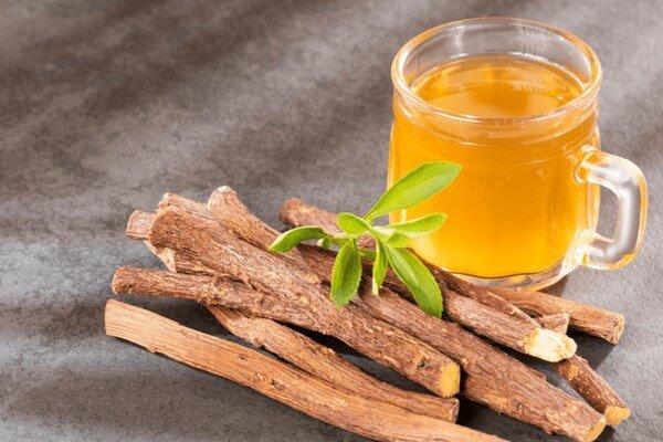 Rễ cam thảo có chứa nhiều thành phần làm sáng da