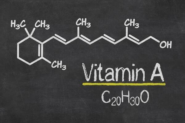 Retinoids có dẫn xuất từ vit A