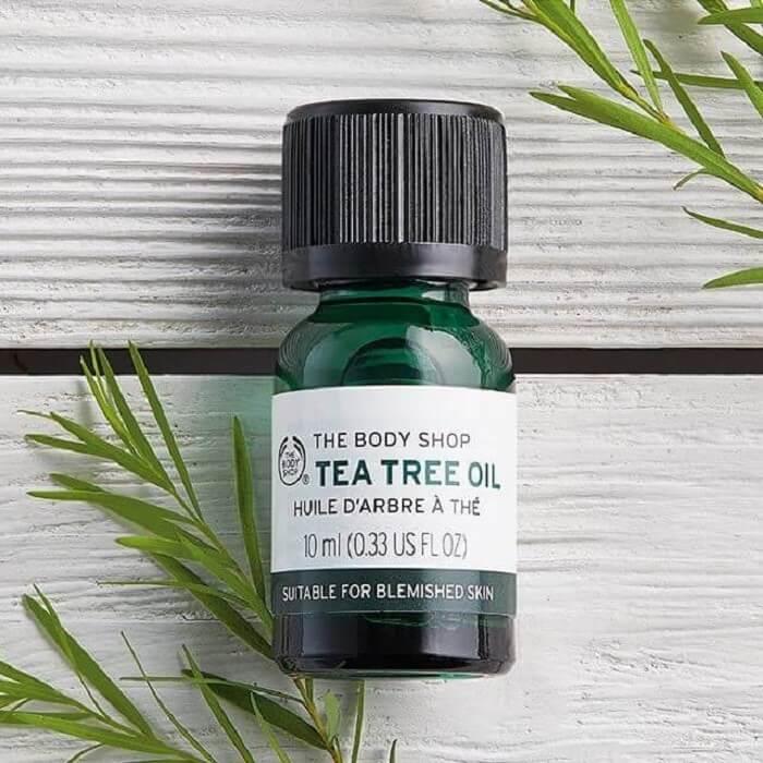 Tinh chất trà xanh có trong sản phẩm không chỉ giúp ngăn ngừa mụn mà còn cấp ẩm cho da rất tốt