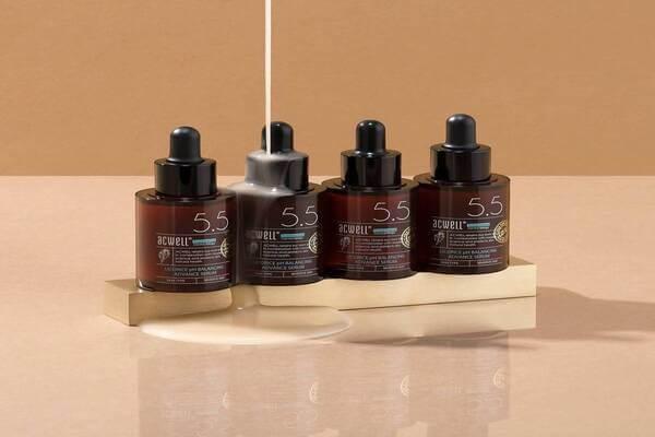 Serum chứa tinh chất cam thảo của thương hiệu ACWELL