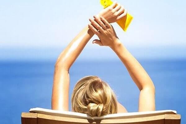 Việc chống nắng đủ không bao giờ là thiếu đối với sức khỏe làn da