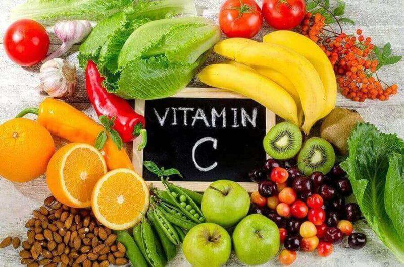 Vitamin C còn có thể được bổ sung qua thực phẩm để giúp da sáng đẹp - serum trị nám tốt