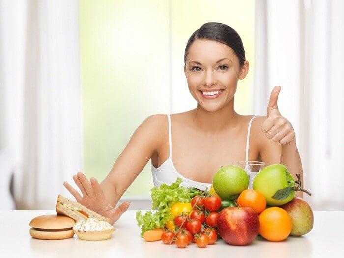 Ăn nhiều rau xanh và hoa quả giúp da đẹp hơn