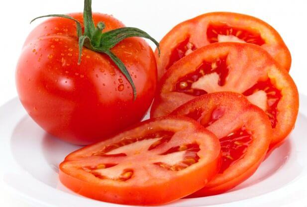 Cà chua giúp bảo vệ da khỏi tác hại của tia UV