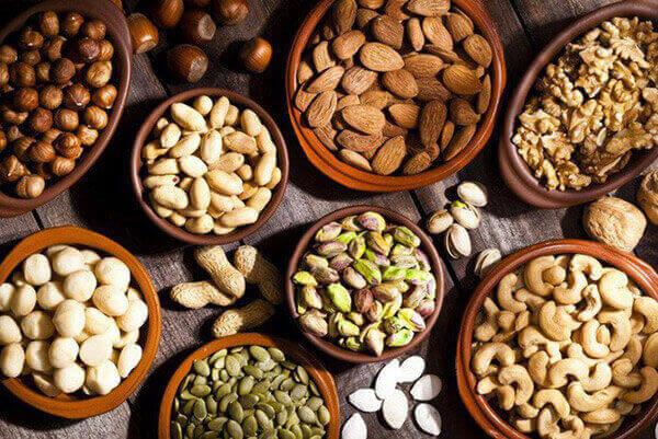 Các loại hạt tốt cho da, giúp chống lão hóa.
