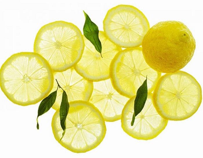 Chanh là thực phẩm hàng đầu trong việc ngăn ngừa và điều trị mụn - cách trị mụn đầu đen