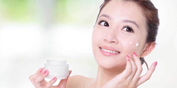 Công dụng của kem dưỡng trắng da ban ngày