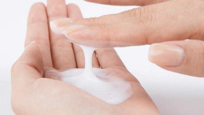 Lotion dạng kem thường có kết cấu đặc vì chứa nhiều dưỡng chất hơn