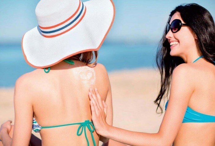 Sử dụng kem chống nắng mọi lúc để bảo vệ làn da