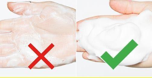 Tạo bọt bằng tay thường không hiệu quả bằng lười tạo bọt.